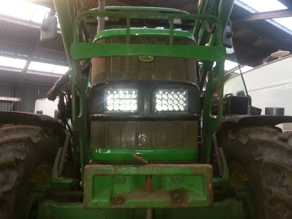 Tractor With Headlights : Tractor telehandler led headlight